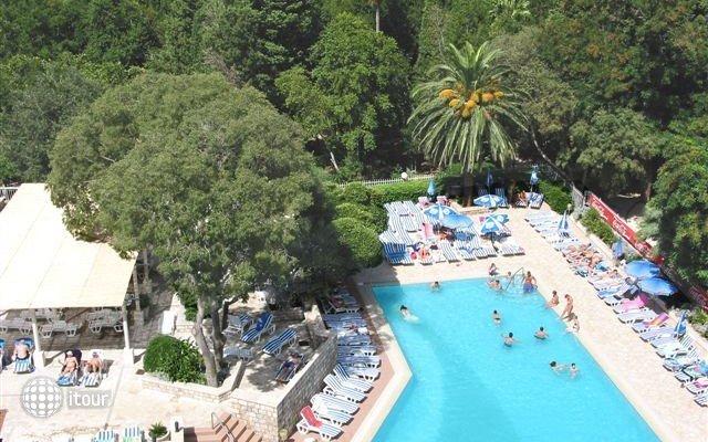 Grand Park Hotel & Villas 2