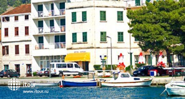 Pansion Comfort Jadran Guest House 1