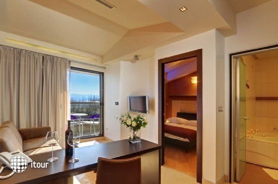 Hotel Diadem 2