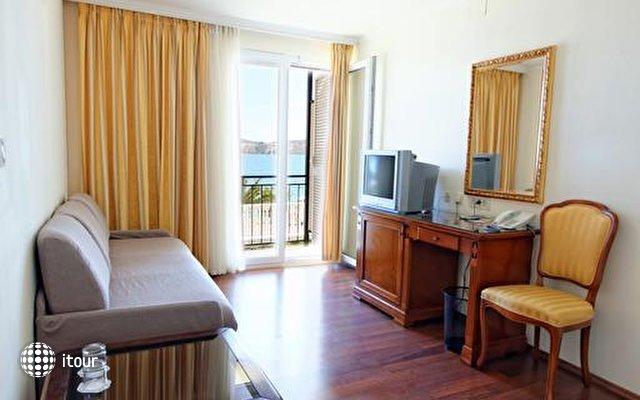 Jadran Hotel 4
