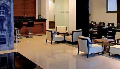 Atrium Hotel 7