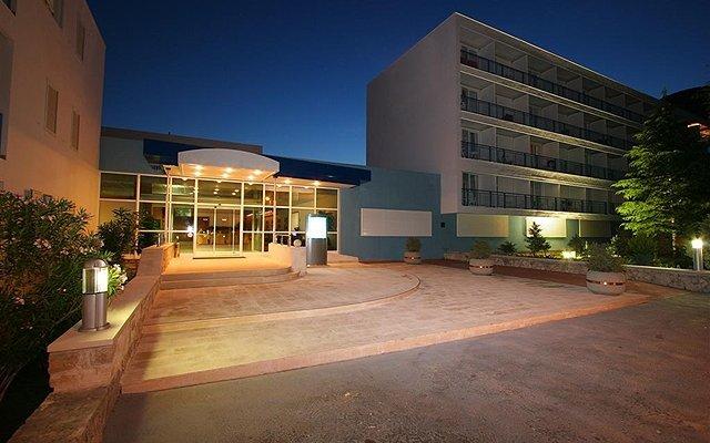 Bluesun Hotel Borak 4