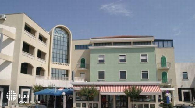 Aparthotel Bellevue 2