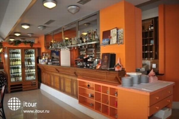 Hotel - Restaurant Trogirski Dvori 3