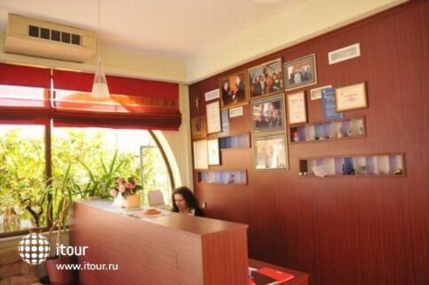 Hotel - Restaurant Trogirski Dvori 4