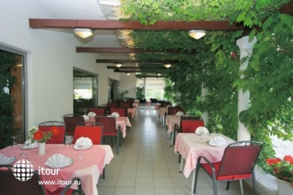 Hotel - Restaurant Trogirski Dvori 2