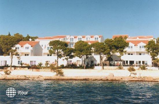 Illyrian Resort 10