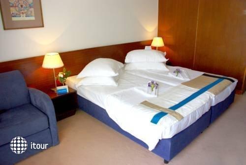 Bluesun Maestral Hotel 9
