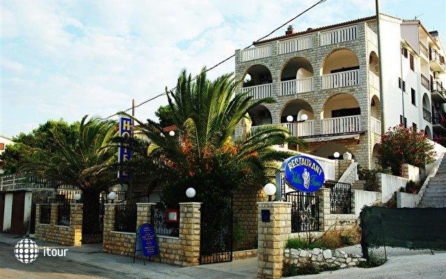 Hotel Vila Tina 4