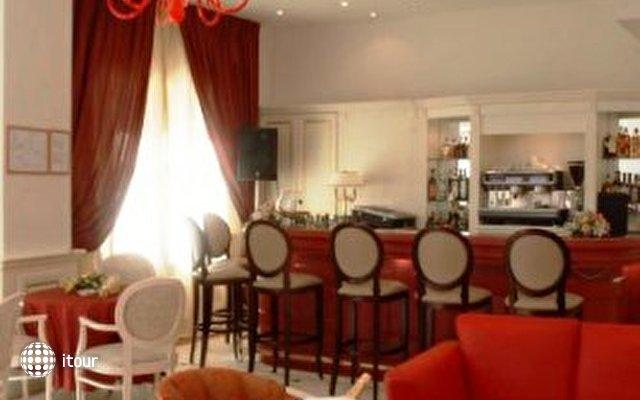Arbiana Hotel 5