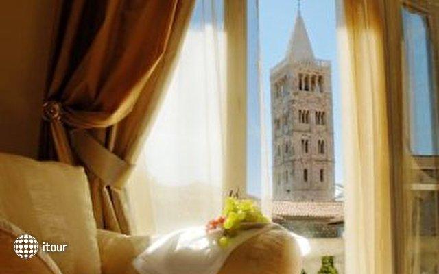 Arbiana Hotel 6