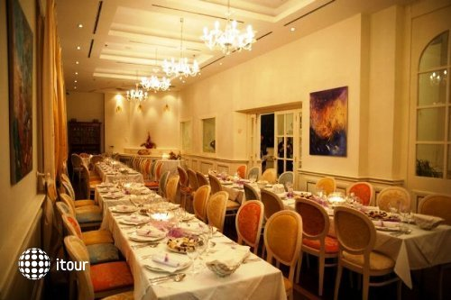 Arbiana Hotel 7