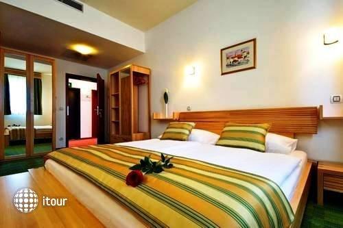 Best Western Hotel Stella 8