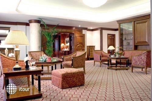Sheraton Zagreb Hotel 9