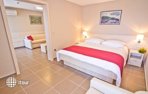 Tourist Settlement San Marina Lopar 8