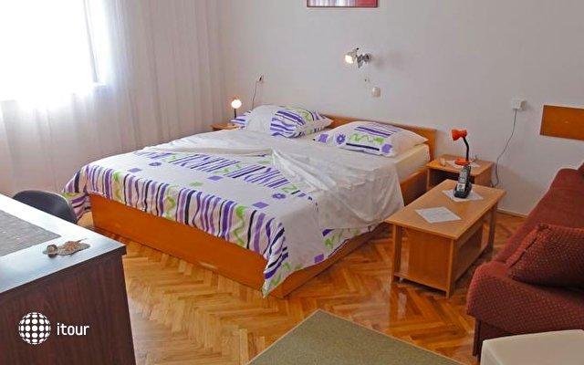 Apartments Venci 2