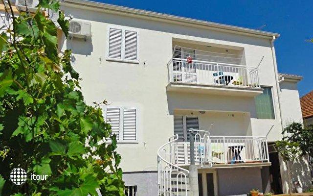 Apartments Venci 3