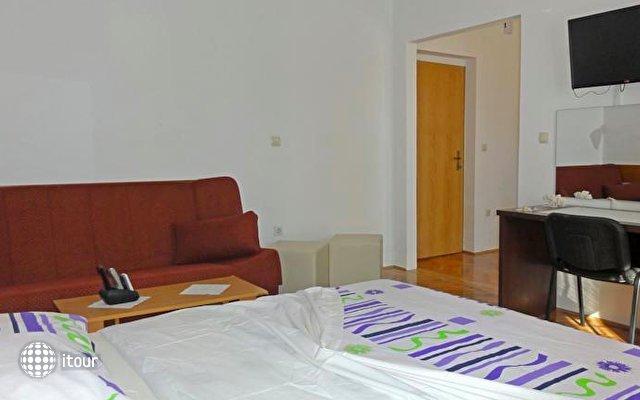Apartments Venci 7