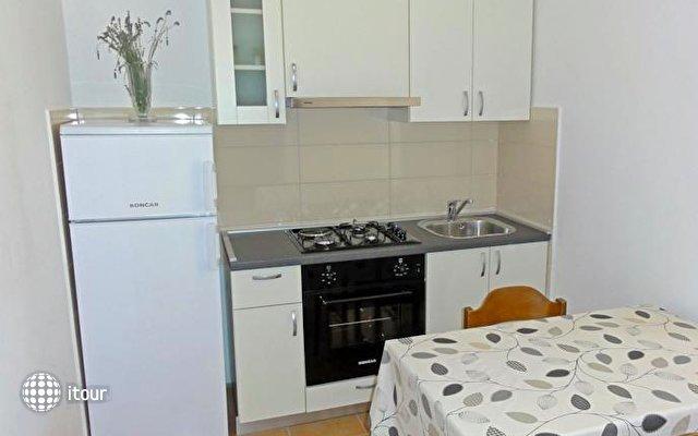 Apartments Venci 8