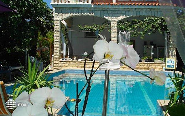 Art Villa Ines 9
