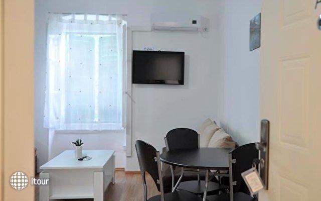 Apartments Branimir 8