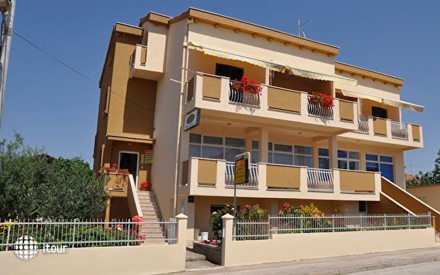 Apartments Amico 1