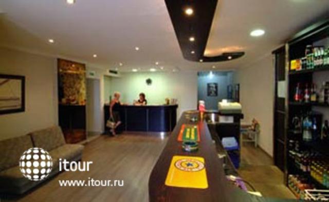 Roma Hotel 2