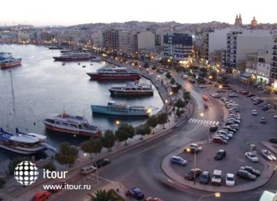 Marina Hotel 3