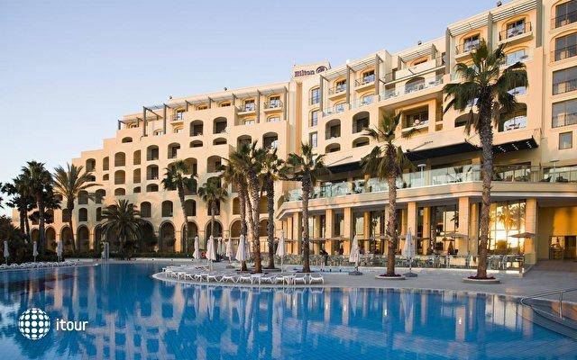 Hilton Malta 3