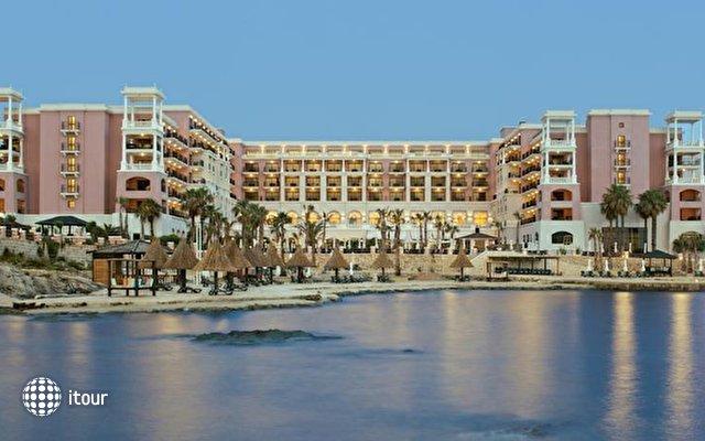 The Westin Dragonara Resort 1