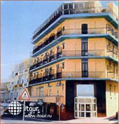International Club Hotel 1