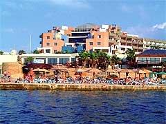 Dolmen Resort 8