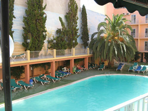 Qawra Inn Hotel 4