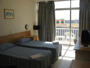 Qawra Inn Hotel 2