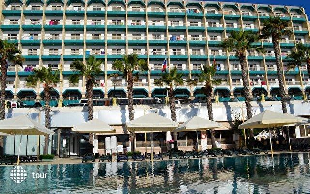 Qawra Palace Hotel 1