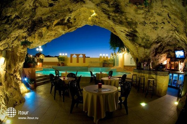 Pergola Club Hotel & Spa 1