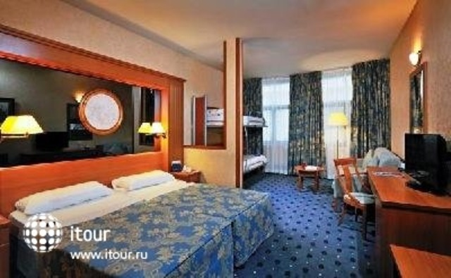 Tryp Blanche Fontaine 4