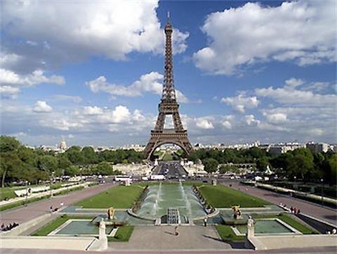 Mercure Paris Montmartre 8