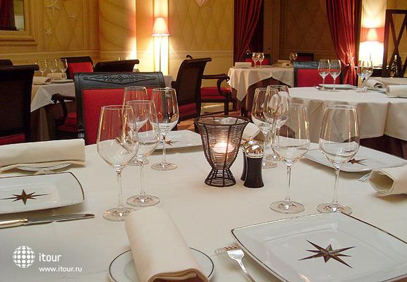 Astor Saint Honore Hotel 4