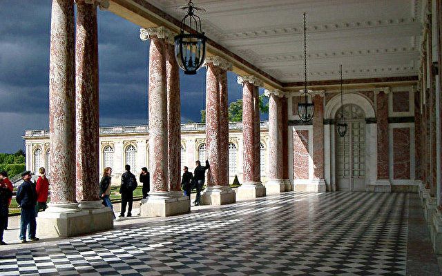Trianon Palace Versailles 8