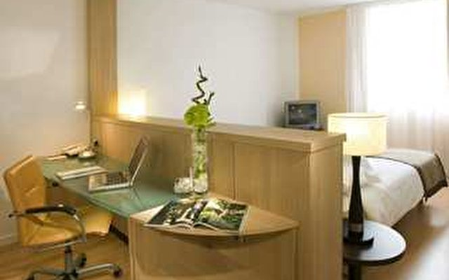 Hilton Paris Orly Airport 2