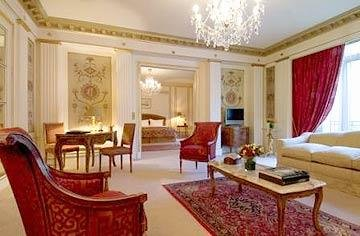 Hotel Royal Monceau 30