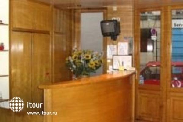 Mericourt Hotel 4