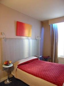 Relais Porte De Versailles Hotel 10