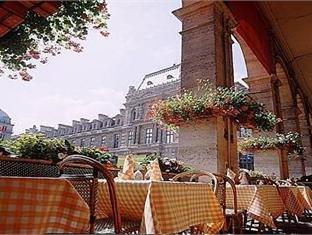 Louvre Hotel 14