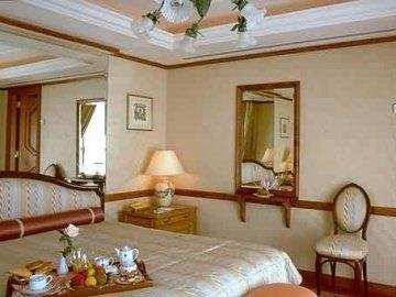 Hotel De Vendome 6
