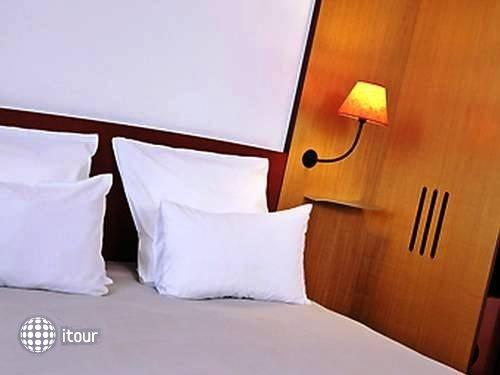 Suite Novotel Paris Porte De La Chapelle Hotel 4
