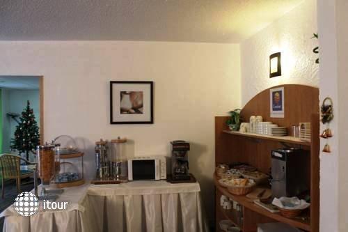 Comfort Hotel Orly Draveil 7
