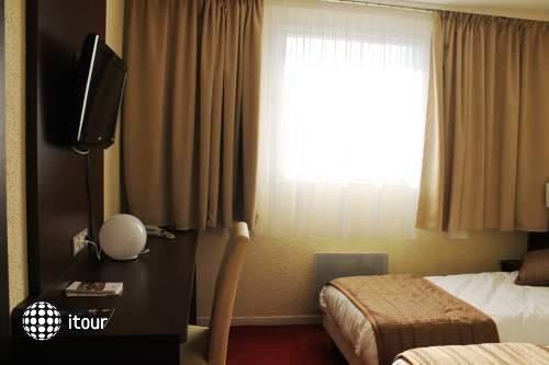 Comfort Hotel Orly Draveil 8