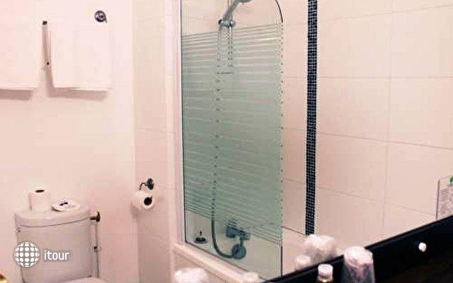 Comfort Hotel Orly Draveil 9